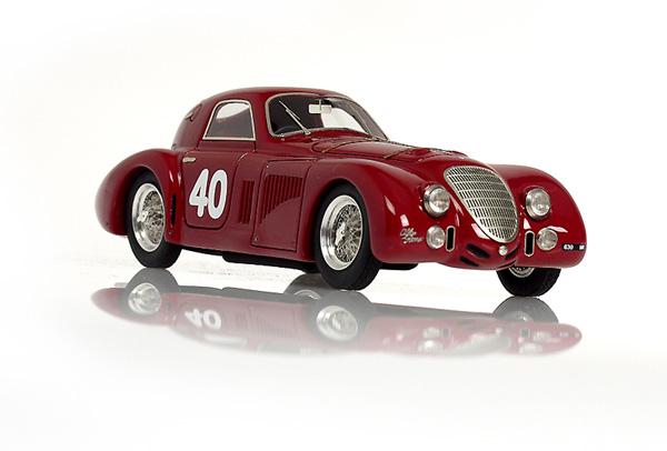 B on 1935 Alfa Romeo 8c 2900