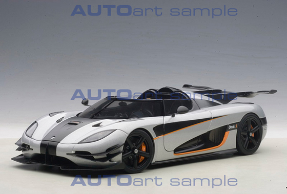Autoart 79017 Koenigsegg One 1 Composite Model 2014 Grau