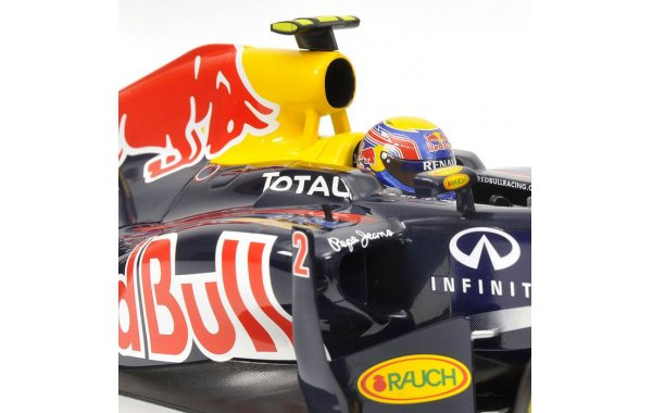 Bild 2 - Red Bull Racing RB7 Mark Webber 2011