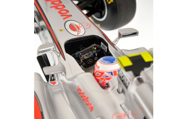 Bild 5 - Vodafone McLaren Mercedes MP4-26 2011