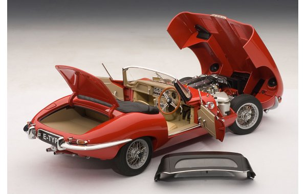 Bild 3 - Jaguar E-Type Roadster Serie 1