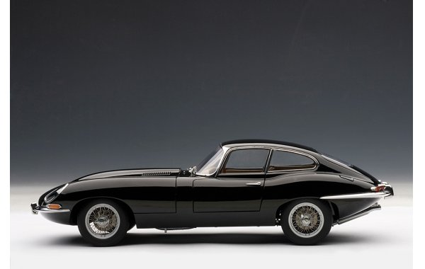 Bild 2 - Jaguar E-Type Serie I Coupe 1961