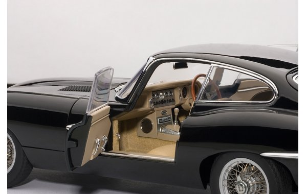 Bild 12 - Jaguar E-Type Serie I Coupe 1961