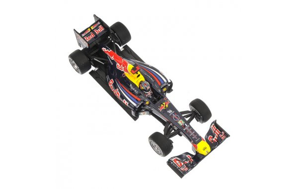 Bild 2 - Red Bull Racing RB7 Sebastian Vettel Japan GP world champion 2011