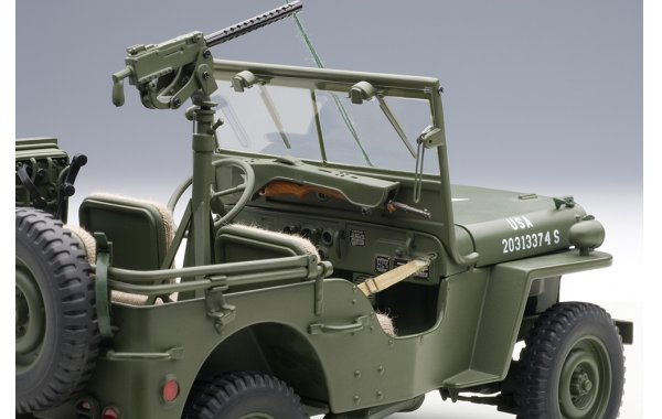 Bild 12 - Jeep Willis Army Version mit Anhänger