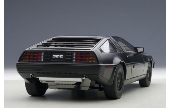 Bild 5 - DeLorean DMC-12 1981
