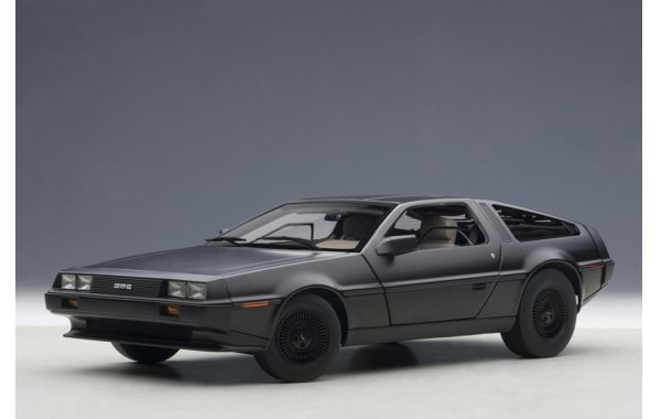 Bild 8 - DeLorean DMC-12 1981