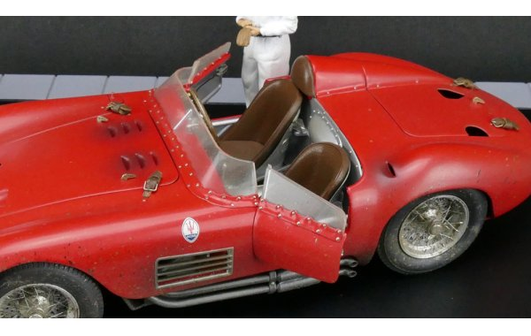 Bild 13 - Maserati 300S Dirty Hero Bundle