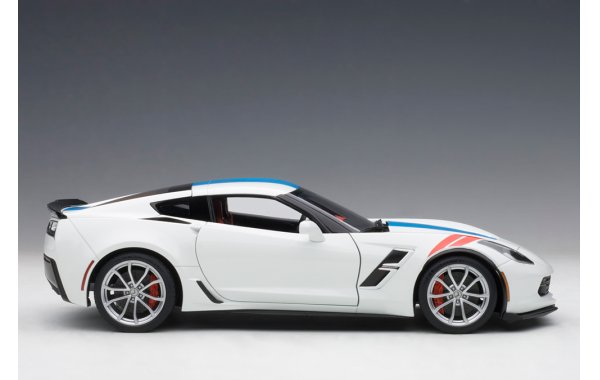 Bild 2 - Chevrolet Corvette C7 Grand Sport 2017 Composite Model