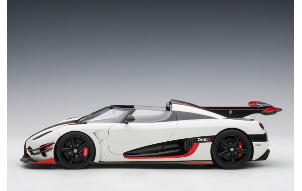 Bild 7 - Koenigsegg One 1 Composite Model 2014