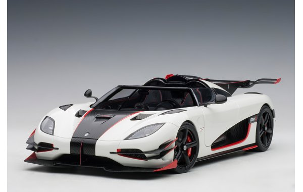 Bild 12 - Koenigsegg One 1 Composite Model 2014