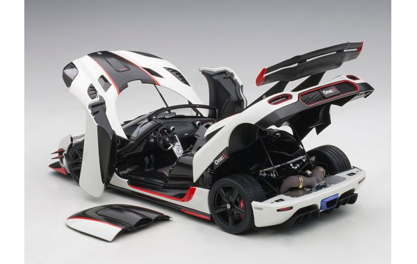 Bild 13 - Koenigsegg One 1 Composite Model 2014