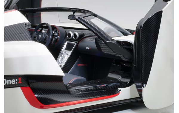 Bild 18 - Koenigsegg One 1 Composite Model 2014