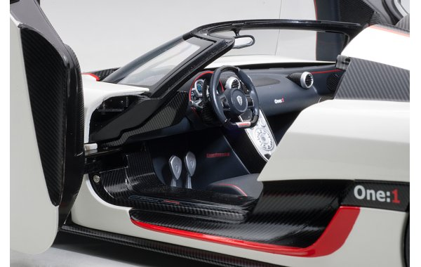 Bild 19 - Koenigsegg One 1 Composite Model 2014