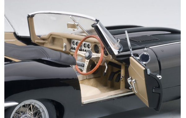 Bild 16 - Jaguar E-Type Roadster Serie 1