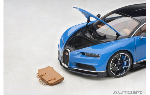 Bild 3 - Bugatti Chiron 2017 french racing blue