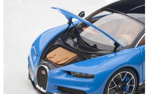 Bild 4 - Bugatti Chiron 2017 french racing blue