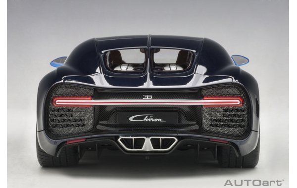 Bild 16 - Bugatti Chiron 2017 french racing blue