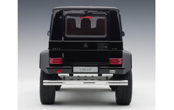 Bild 6 - Mercedes Benz G500 4x4 2016 Autoart Model