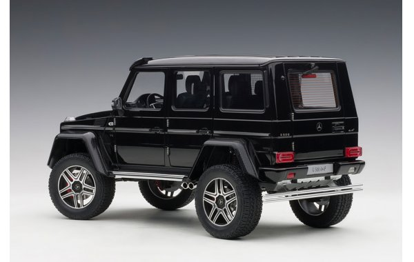 Bild 12 - Mercedes Benz G500 4x4 2016 Autoart Model
