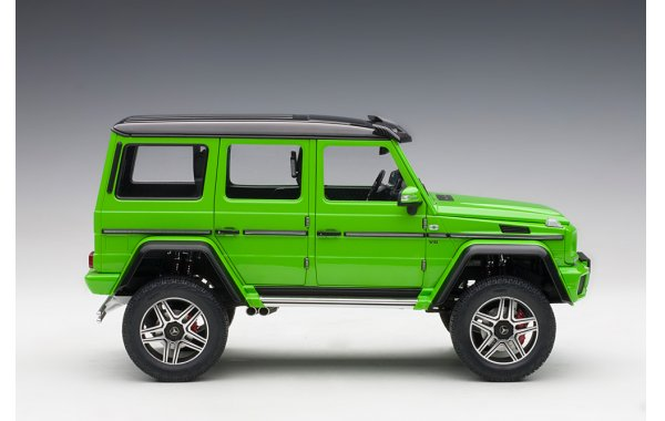 Bild 10 - Mercedes Benz G500 4x4 2016 alien green