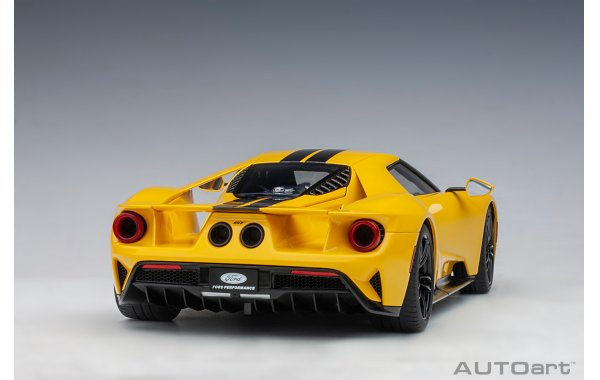 Bild 12 - Ford GT 2017 tripple yellow