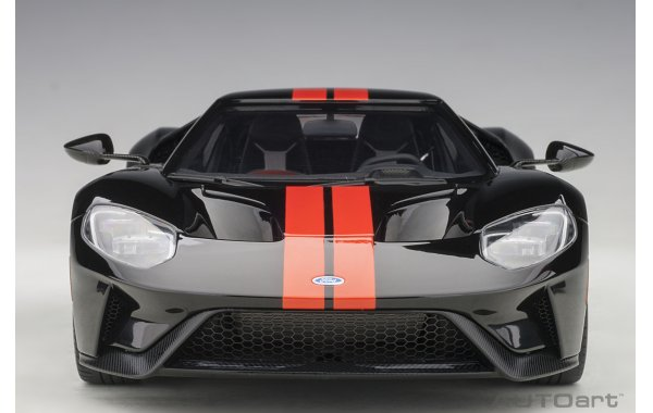 Bild 2 - Ford GT 2017 shadow black