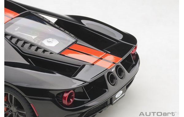 Bild 6 - Ford GT 2017 shadow black