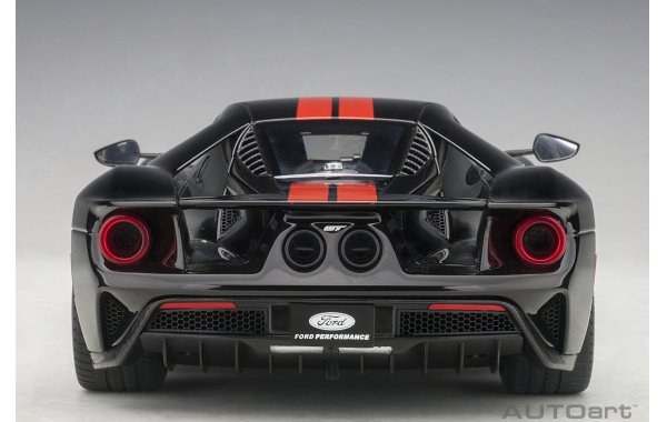 Bild 15 - Ford GT 2017 shadow black