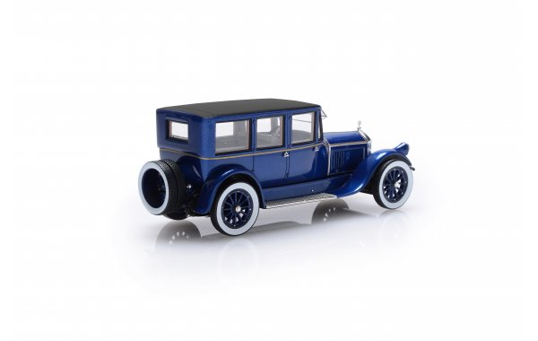 Bild 8 - Pierce Arrow Model 32 7-Seat Limousine blue 1920
