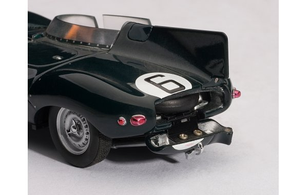 Bild 4 - Jaguar D Type LeMans 24 winner 1955