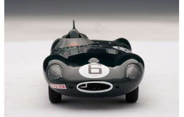 Bild 6 - Jaguar D Type LeMans 24 winner 1955