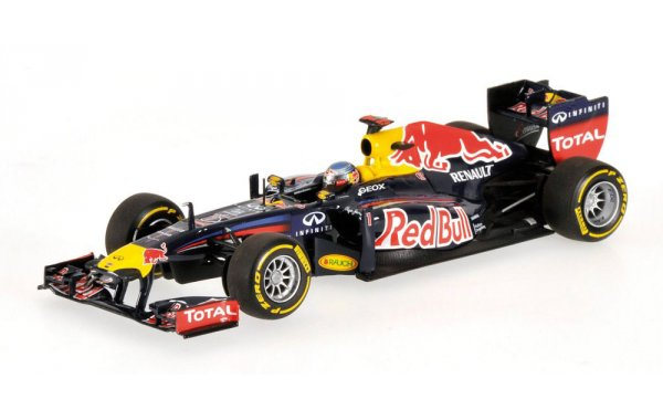 Bild 1 - Red Bull Racing RB7 Sebastian Vettel showcar 2012