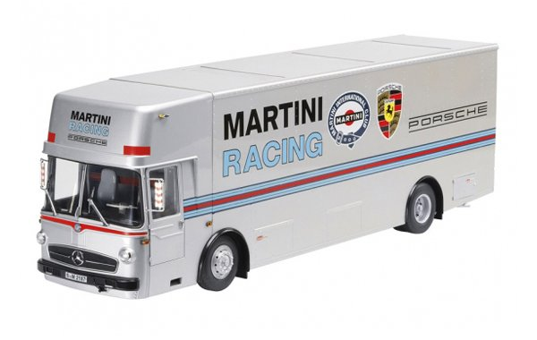 Bild 1 - Mercedes Benz Renntransporter Porsche Martini Racing