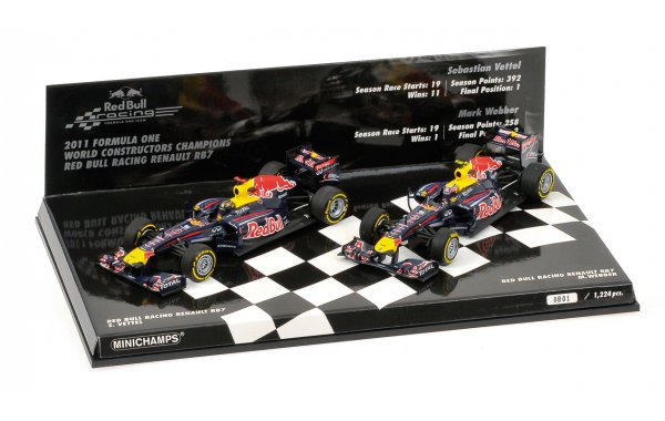 Bild 1 - Red Bull Racing RB7 2-Car Set Constructor World Champion 2011