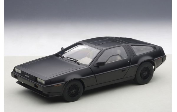 Bild 1 - DeLorean DMC-12 1981