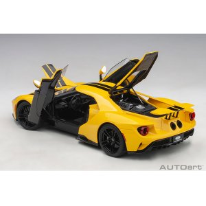 Ford GT 2017 tripple yellow